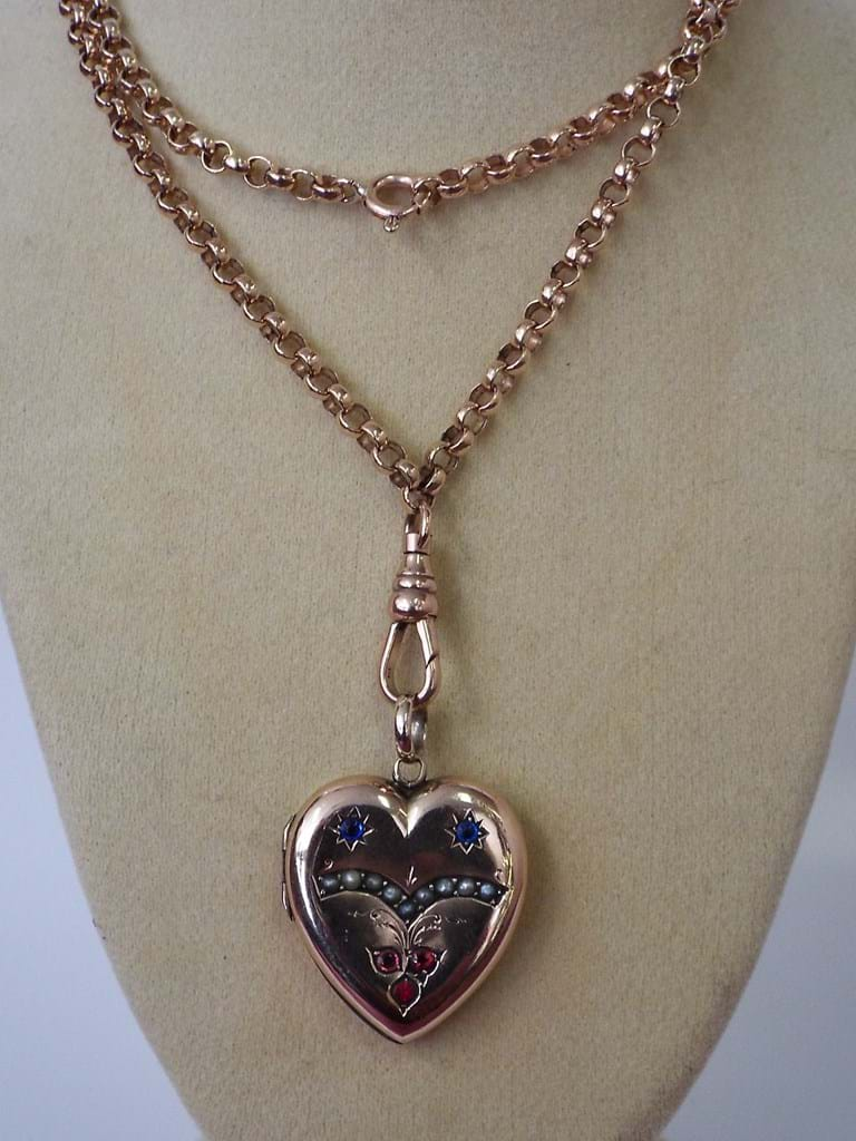 9 carat gold chain and locket