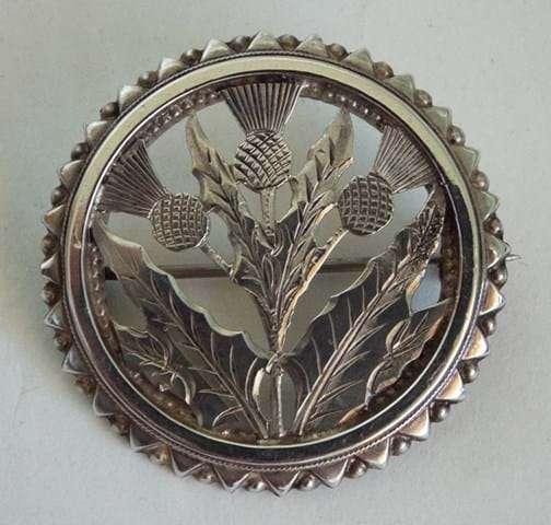 Scottish theme silver thistle brooch