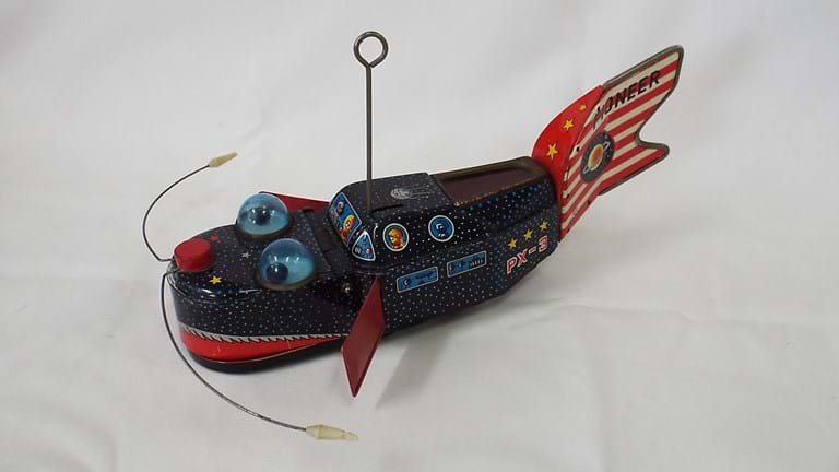 "Japanese wind up space-age tin toy ""Space Whale"""