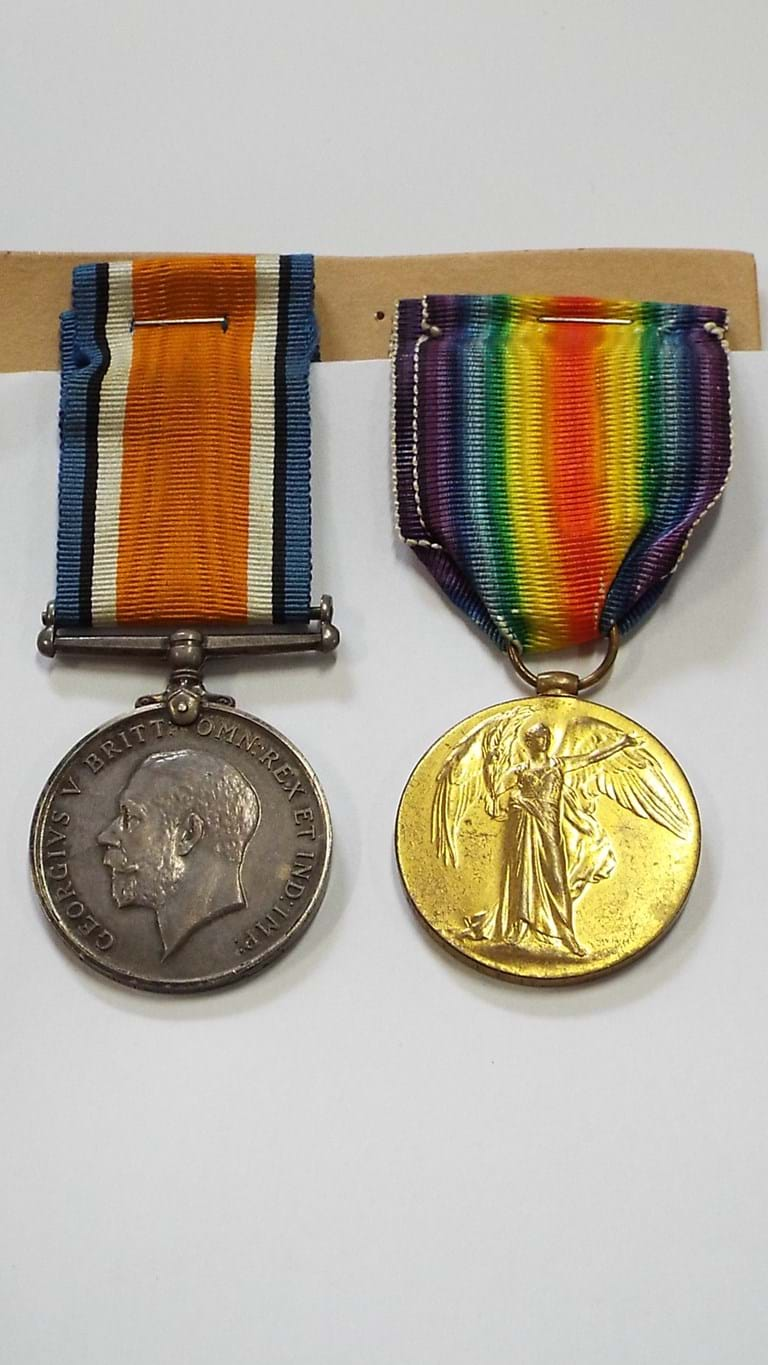 Pair WWI South African medals