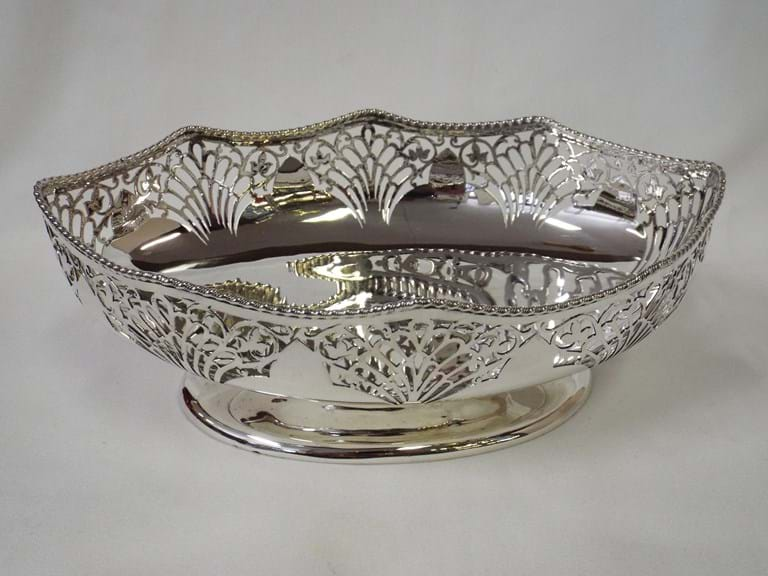 Edwardian sterling silver oval footed bowl by Walker & Hall