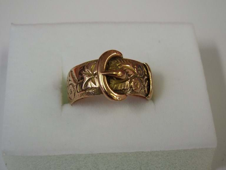 Edwardian 9 carat rose gold buckle ring