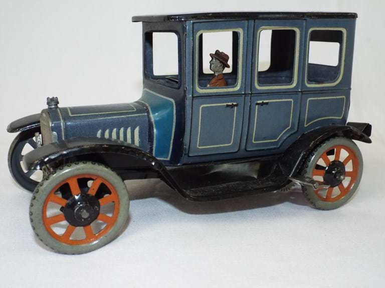 Bing German tin toy T model Ford