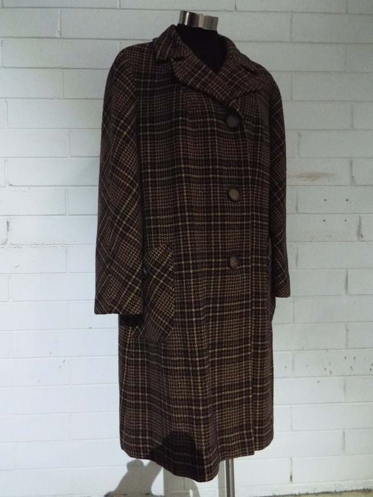 1960s hounds tooth wool coat