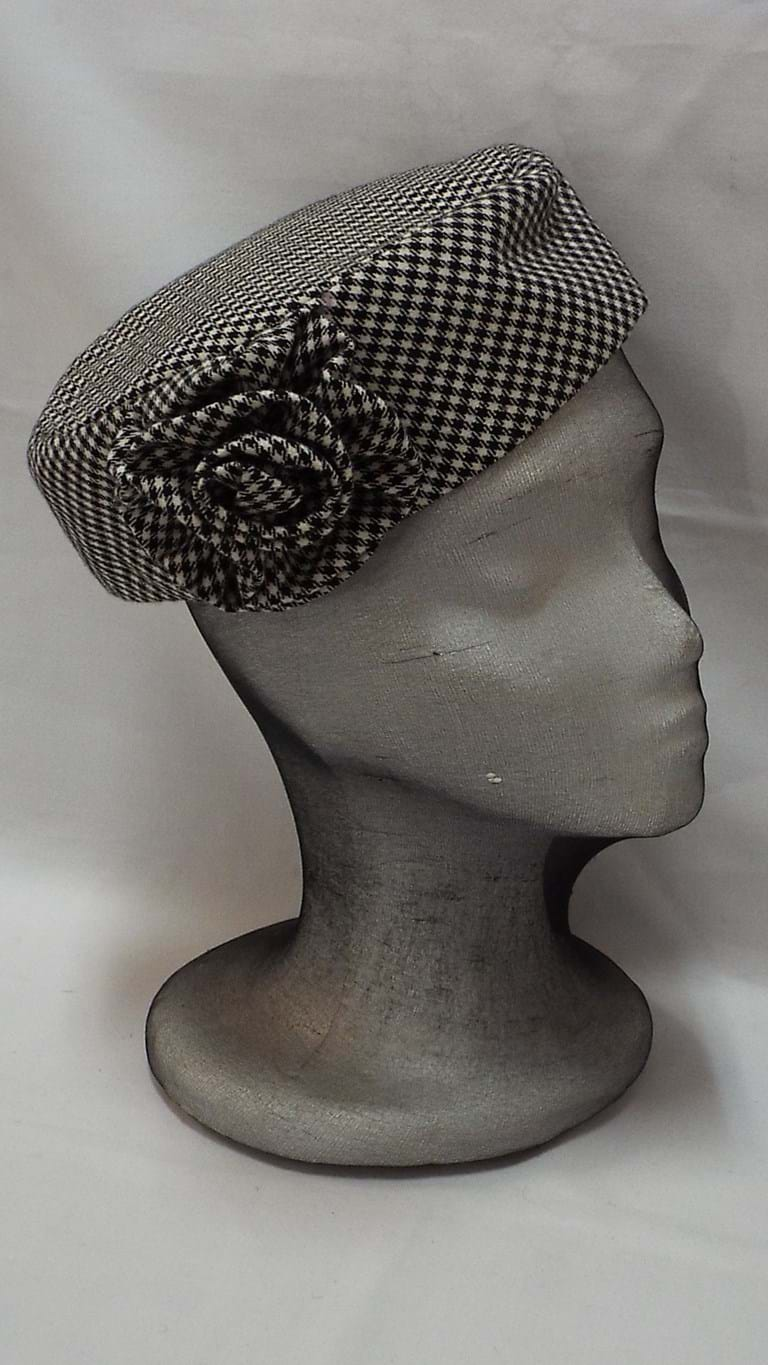 1980s houndstooth pillbox hat