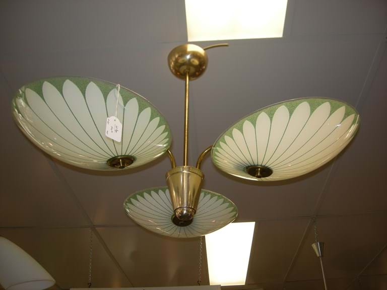 1950s three-arm light fitting with glass saucer shades