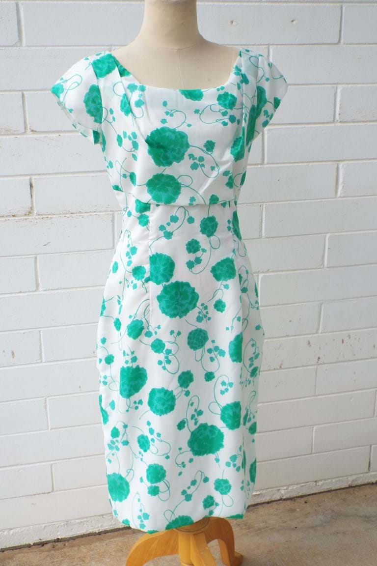 c1960 green white floral summer frock