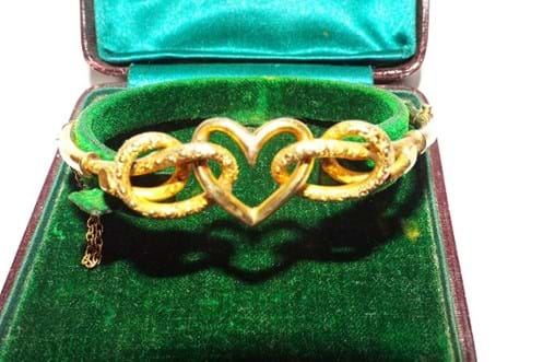 "15 carat gold ""heart"" bangle"