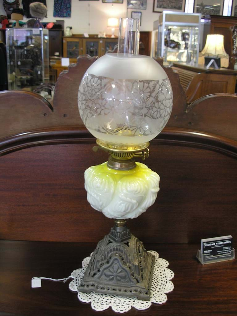 Edwardian double burner oil lamp