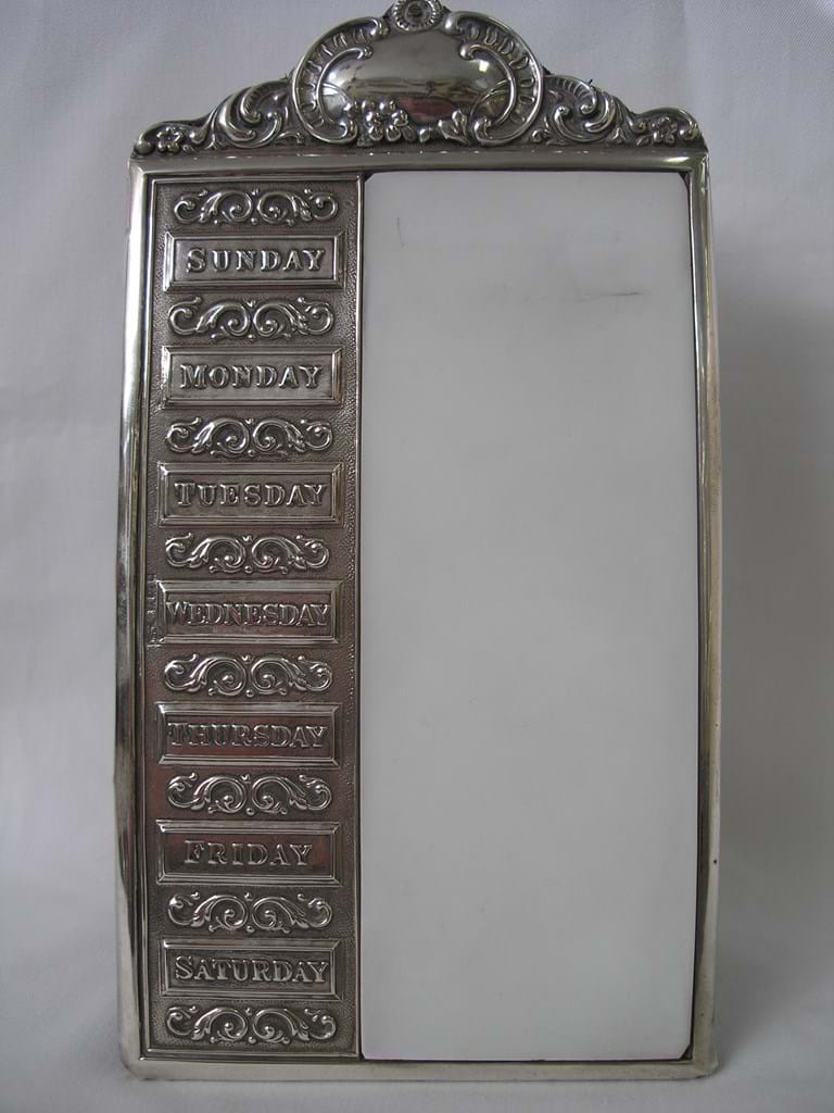 Edwardian sterling silver framed 7 day reminder pad