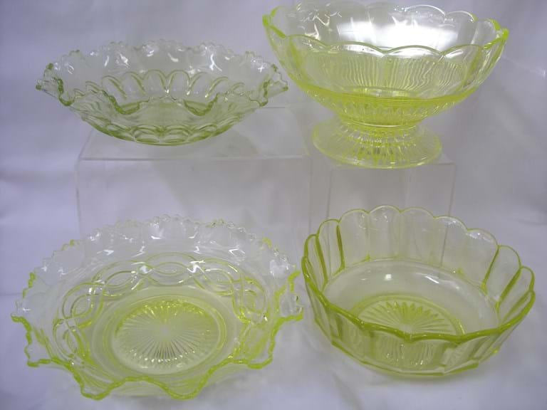Selection Australian citron uranium glass bowls
