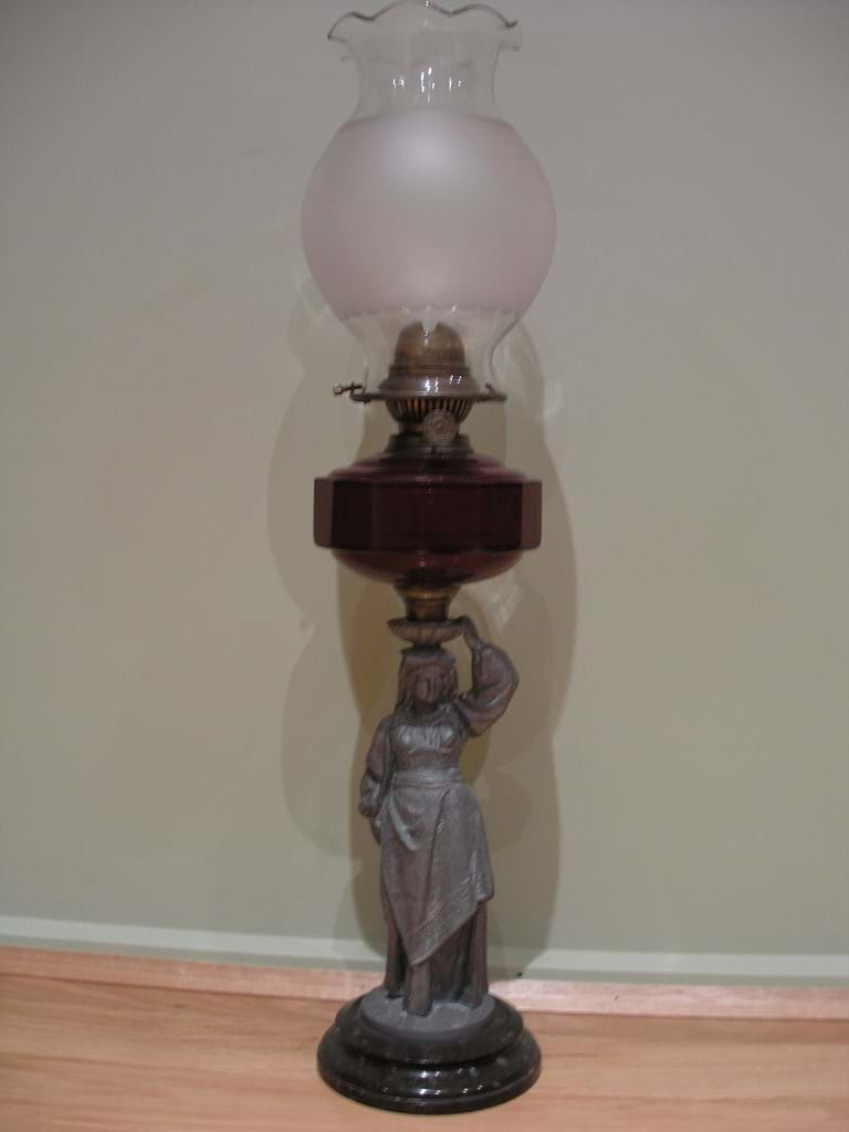 Spelter maiden on onyx base anucapnic burner oil lamp