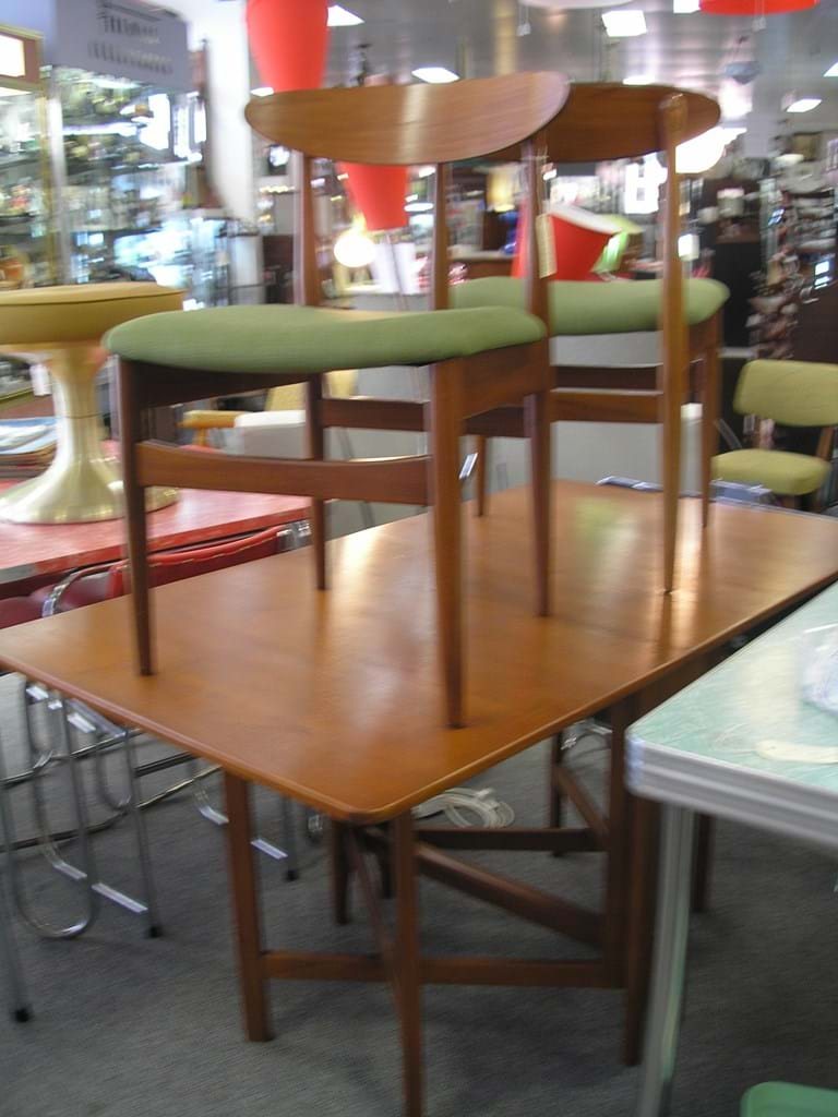 early 1960s teak dropside 3 pce dining suite