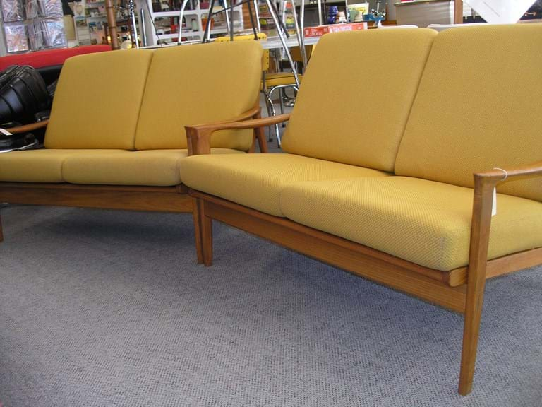 Retro And Vintage Lounge Furniture Sold
