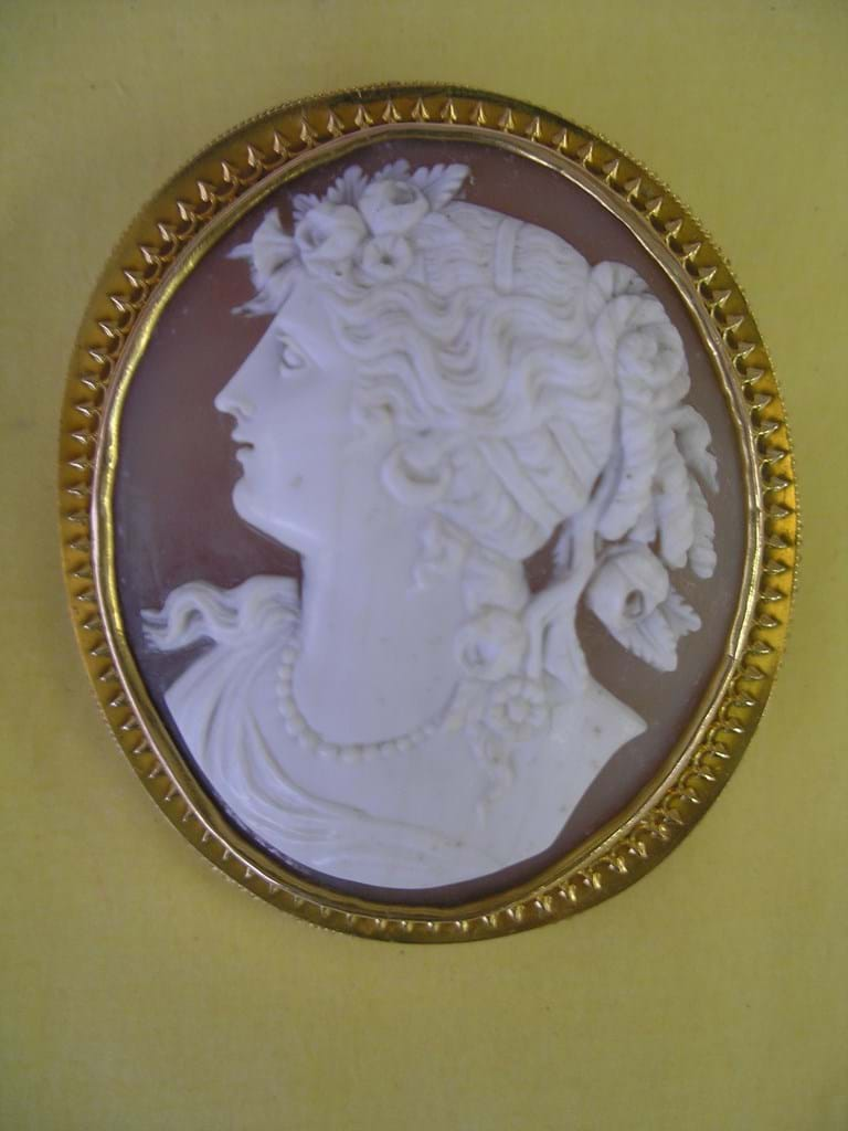 Late 1800s engraved shell cameo brooch by William Westwood