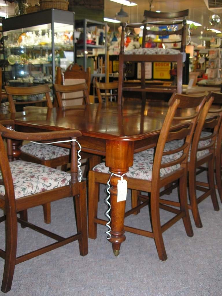 Victorian mahogany dining suite for eight
