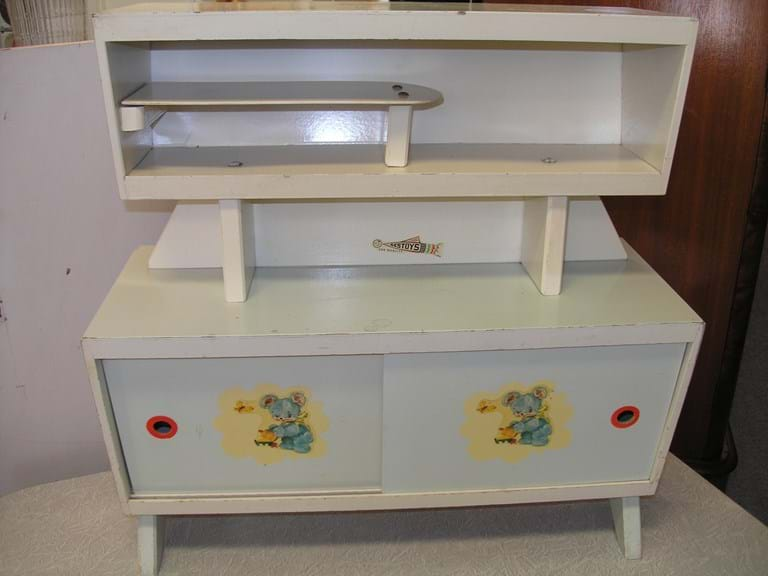 1950s kiddies Bestoys kitchen dresser