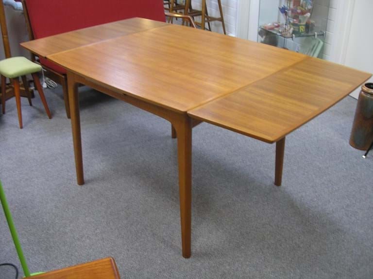 retro and vintage dining kitchen furniture sold