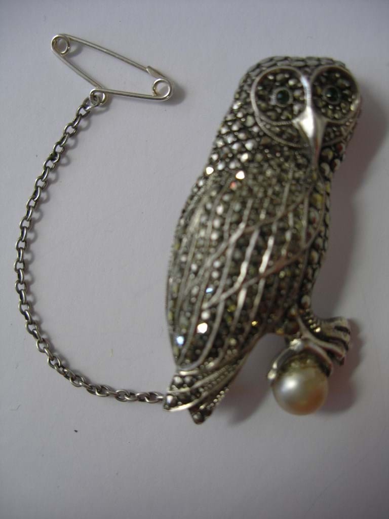 Silver and marcasite owl brooch