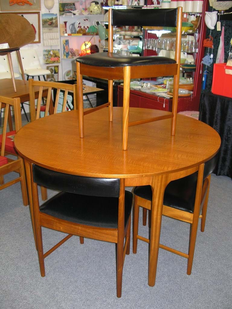 Retro dining room set - Retro And Vintage Dining Kitchen Furniture Sold