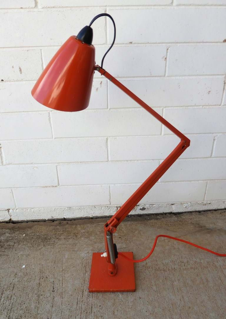 "1960s ""Studio""/""Indus"" series model K desk Planet lamp"